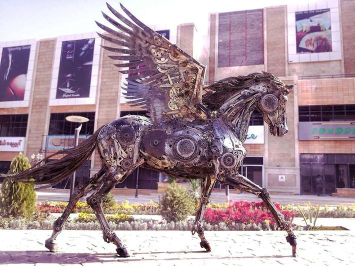 Wonderful art Sculptures 4 Wonderful Art Sculptures Made of Scrap Metal