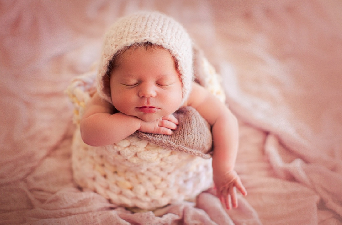 best newborn photography ideas props 1