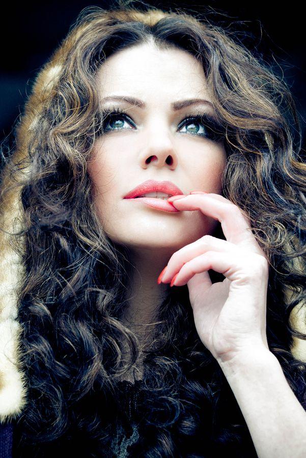 beauty photography poses female 7