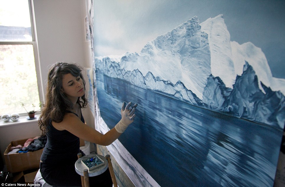 Amazing Realistic Finger Paintings