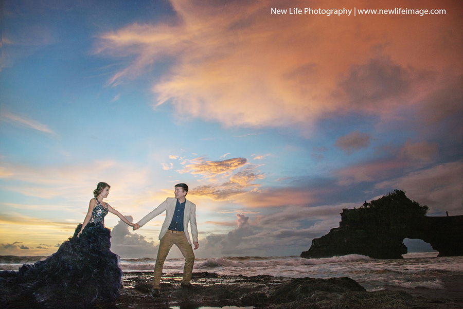 Beauty Place Of Prewedding TanahLot Bali 01 Creative Bali Pre wedding Concept Ideas