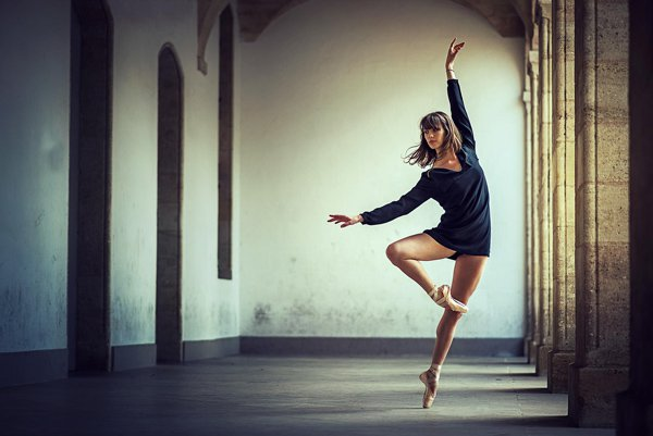 Beauty ballet poses photography by Dimitry Roulland Beauty Dance Poses Photography by Dimitry Roulland