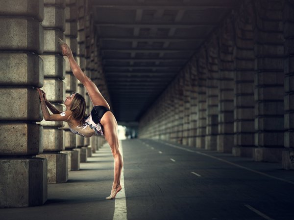 Beauty dance poses photography Dimitry Roulland 01 Beauty Dance Poses Photography by Dimitry Roulland