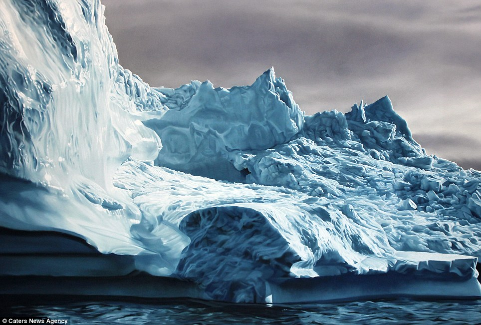Detailed Realistic Finger Paintings of icebergs 2 Realistic Finger paintings of Icebergs by Zaria Forman