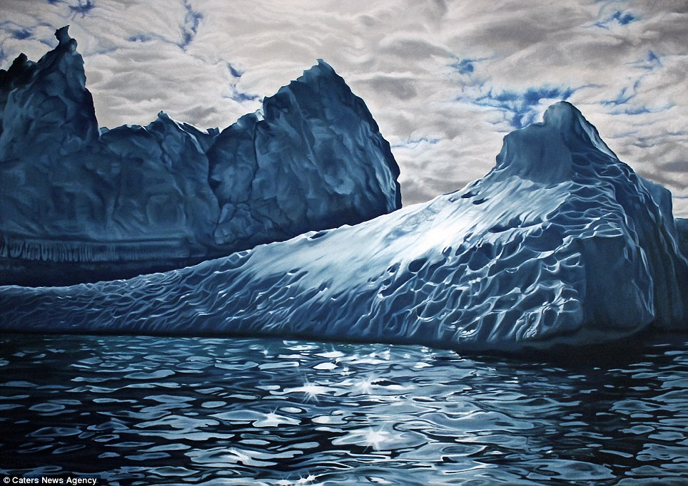 Detailed Realistic Finger Paintings of icebergs 3 Realistic Finger paintings of Icebergs by Zaria Forman