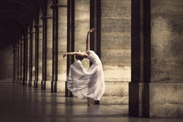 Elegant dance poses photography Dimitry Roulland 02 Beauty Dance Poses Photography by Dimitry Roulland
