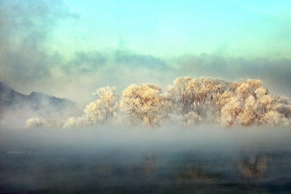Frozen Landscape Photography by jaewoon u03 Mind Blowing Colorful Landscape Photography by Jaewoon u