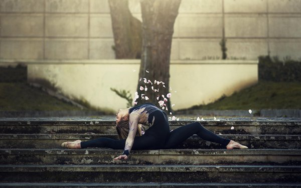 Beauty Dance Poses Photography by Dimitry Roulland
