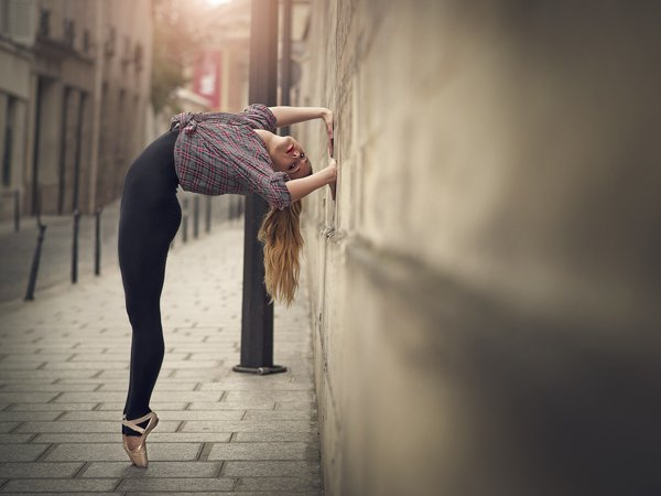 Great dancing poses photography Dimitry Roulland 01 Beauty Dance Poses Photography by Dimitry Roulland