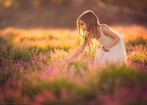 Peaceful children photography Lisa Holloway 01 Beautiful Capture Moments Of Children's Life by Lisa Holloway