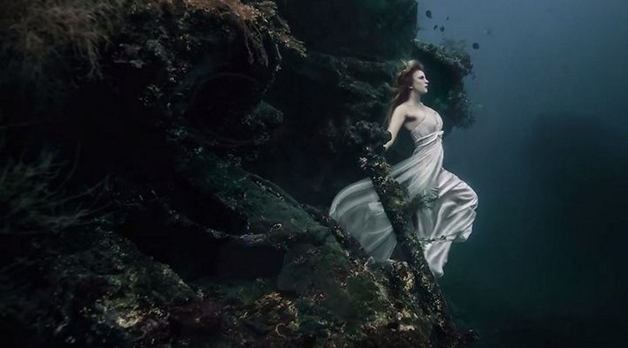 Underwater Photography Project by Benjamin Von Wong Outstanding Bali Amazing Underwater Photography by Von Wong