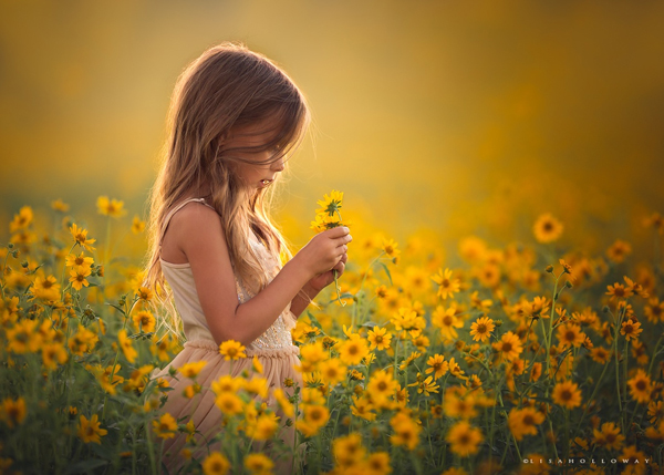 creative children photography ideas Lisa Holloway01 Beautiful Capture Moments Of Children's Life by Lisa Holloway
