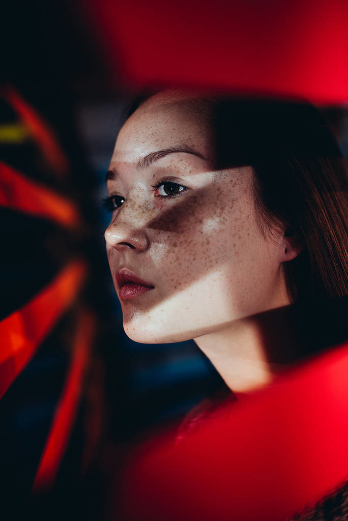 Amazing Lighting and Shadow Photography ideas by Jonashafner 684x1024 Beautiful Lighting For Portraits Photography by Jonas Hafner