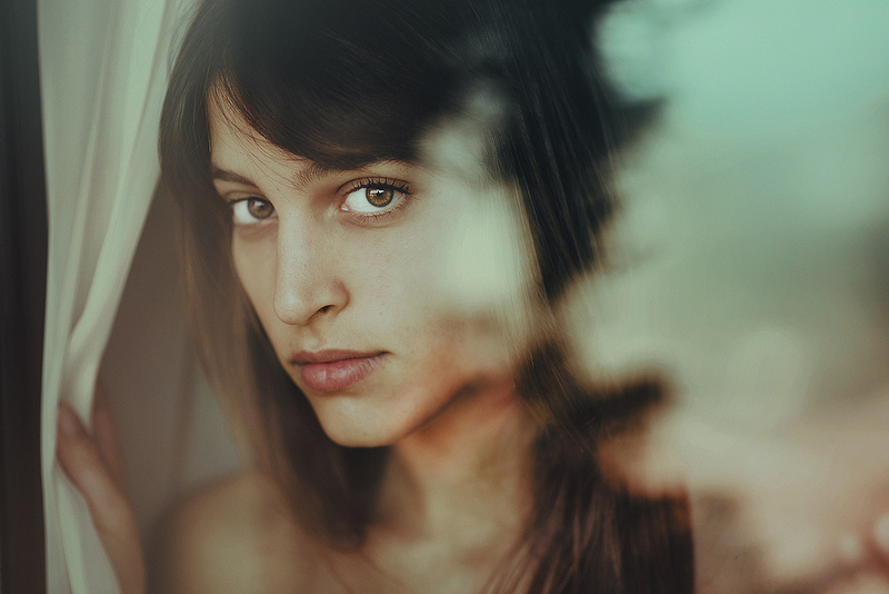 Ethereal Female Portrait Photography by Alessie Albi 01