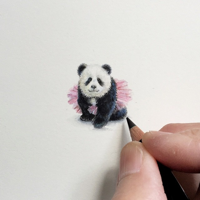 Incredible tiny paintings panda by karen libecap Incredible Tiny Paintings By Karen Libecap