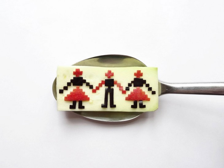 Miniature Masterpieces by Ioana Vanc 02 Miniature Masterpieces Created Using Food And Spoons