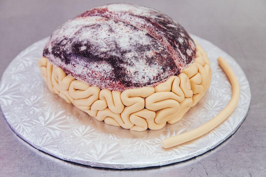 Cake For Halloween Creative Idea : How To Make A Red Velvet Brain Cake For Halloween