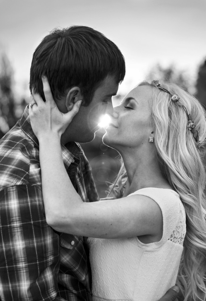 Sweet Engagement Photography Ideas
