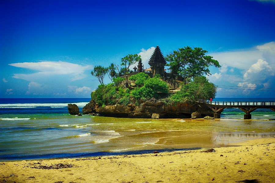 Balekambang Beach Malang Most Beautiful Places should you know in Indonesia