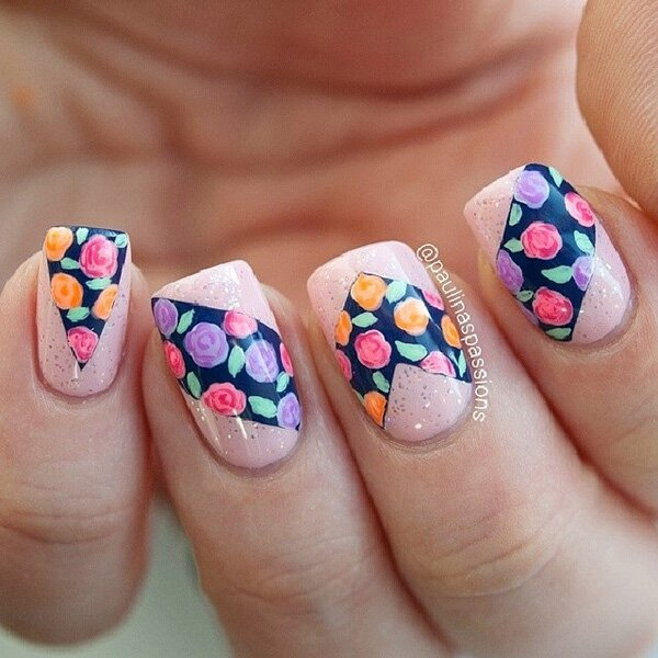 Beautiful flower nail art design for winter 20 Best and Beauty Nail Art Design Ideas