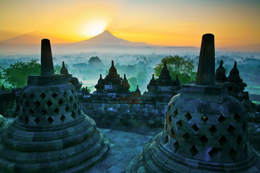 Borobudur Temple Most Beautiful Places should you know in Indonesia