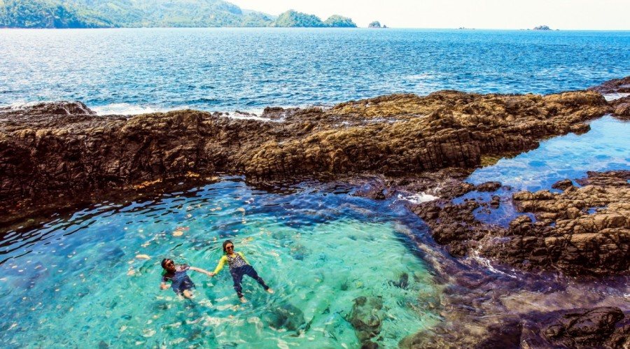Gulf Kiluan Most Beautiful Places should you know in Indonesia