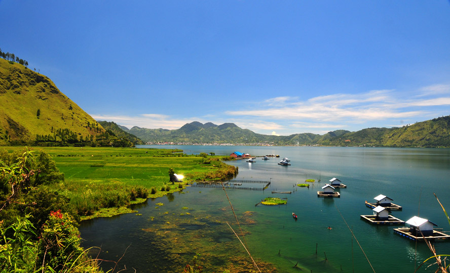 Lut Tawar Lake Aceh Most Beautiful Places should you know in Indonesia