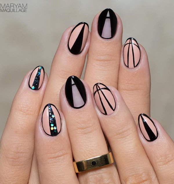 Nude color and black nail art Idea 20 Best and Beauty Nail Art Design Ideas