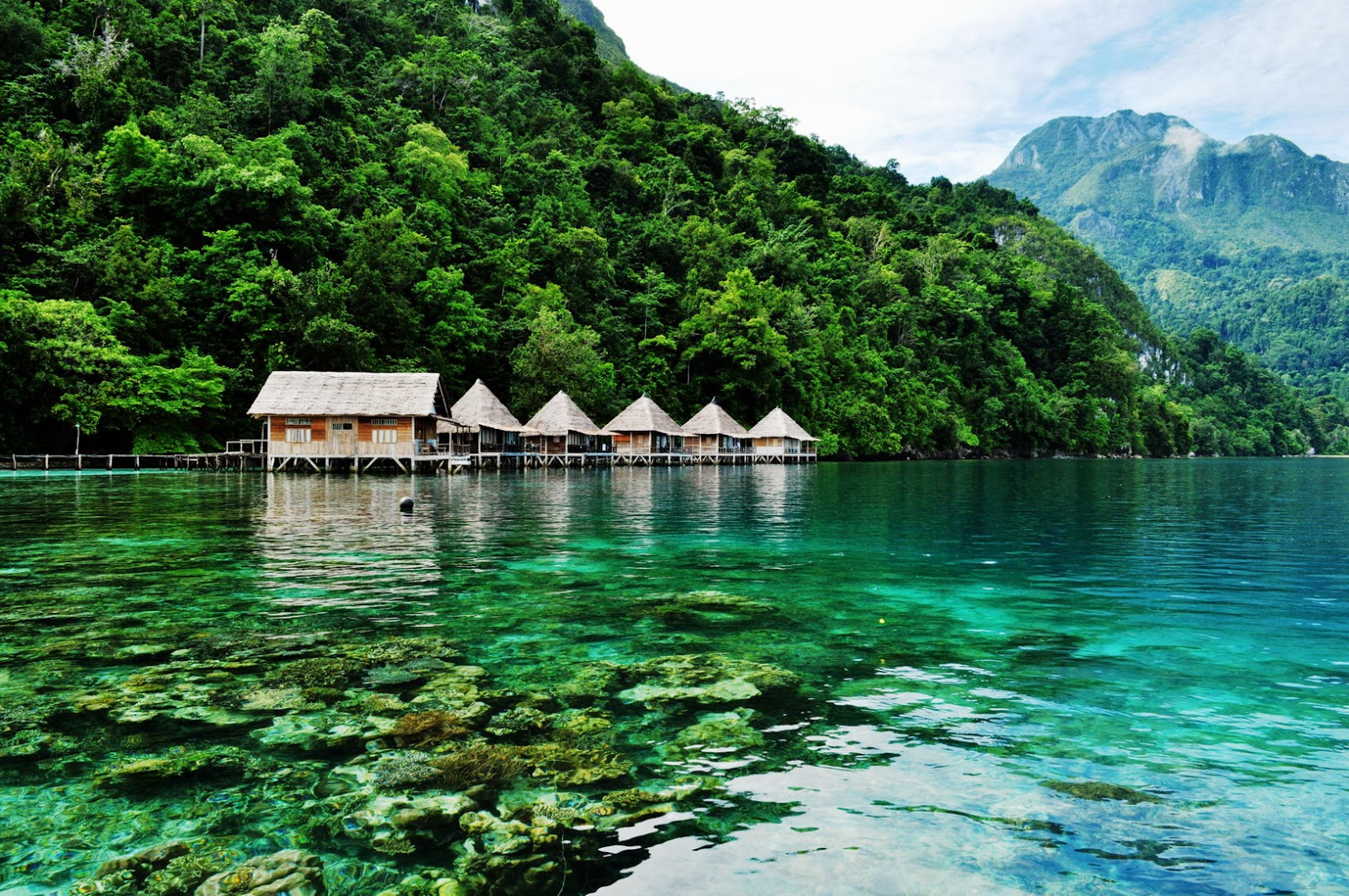 Most beautiful places should you know in indonesia for Foto beautiful