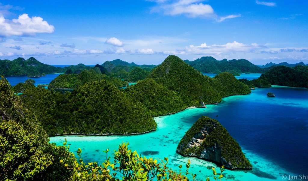 Raja Ampat Papua 1024x603 Most Beautiful Places should you know in Indonesia