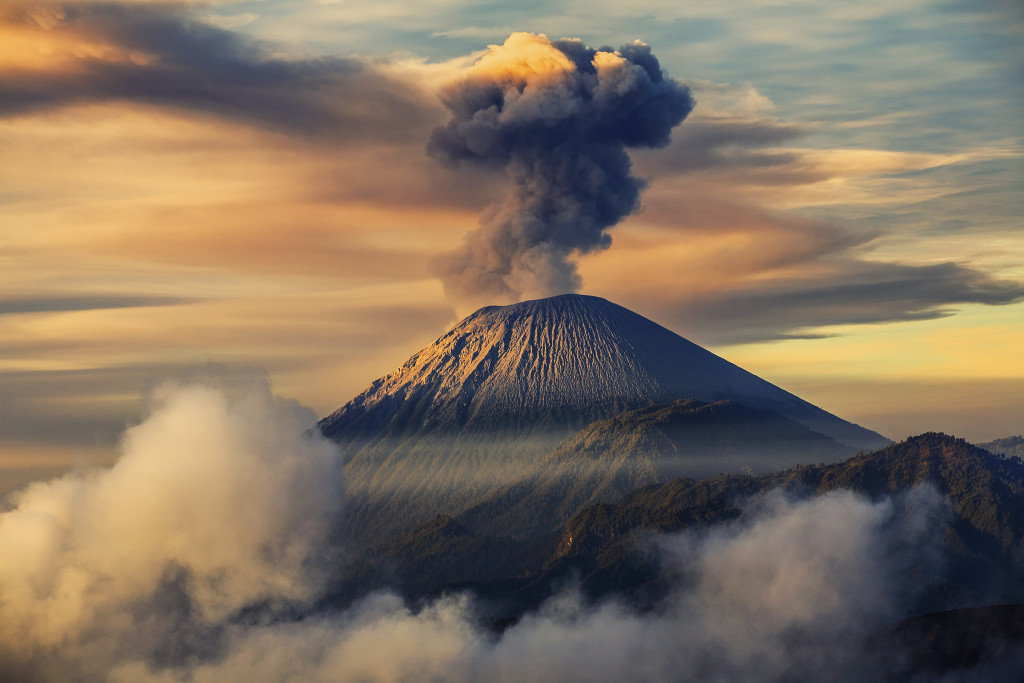 Semeru Vulcano Lumajang 1024x683 Most Beautiful Places should you know in Indonesia