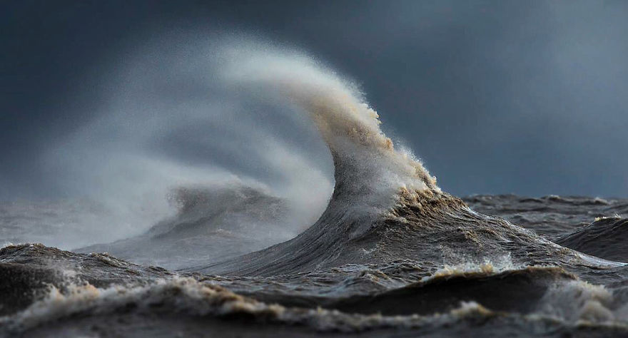The Freak Liquid Mountains Of Lake Erie by Dave Sandford 02 The Freak Liquid Mountains Of Lake Erie by Dave Sandford