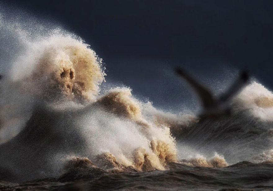 The Freak Liquid Mountains Of Lake Erie by Dave Sandford 03 The Freak Liquid Mountains Of Lake Erie by Dave Sandford