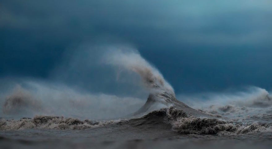 The Freak Liquid Mountains Of Lake Erie by Dave Sandford 06 The Freak Liquid Mountains Of Lake Erie by Dave Sandford