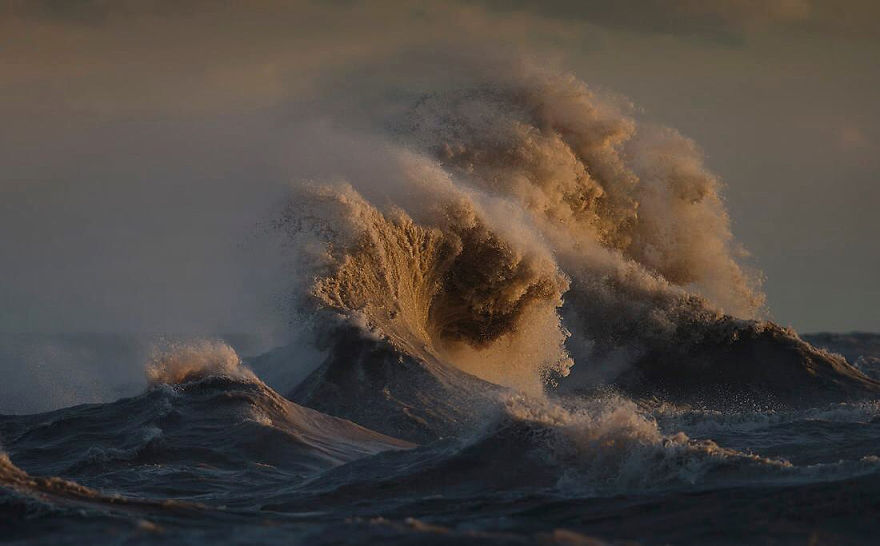 The Freak Liquid Mountains Of Lake Erie by Dave Sandford 12 The Freak Liquid Mountains Of Lake Erie by Dave Sandford
