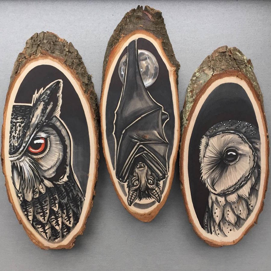 Amazing Paintings of Animals on Wood Slices 01 Stunning Paintings of Animals on Wood Slices