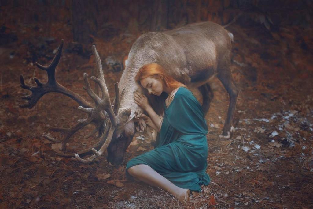 Wonderful Fine Art Portraits Photography With Real Animals by Katerina Plotnikova 02 1024x682 Fine Art Portraits Photography With Real Animals by Katerina Plotnikova