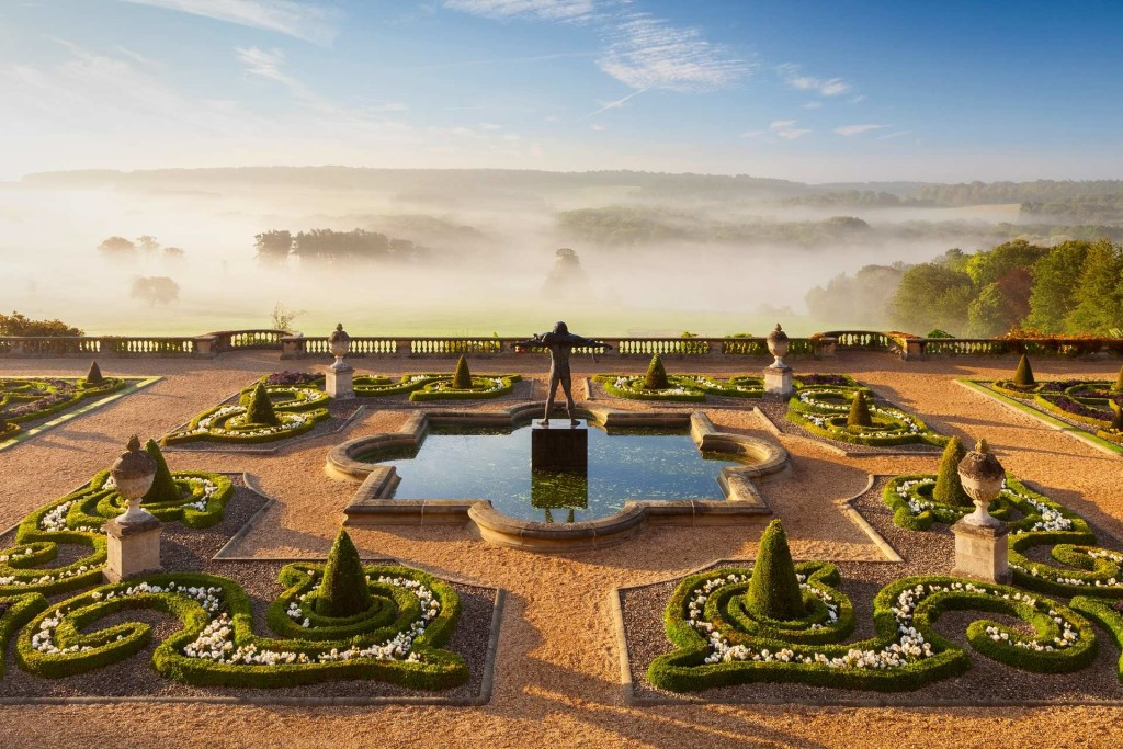 Sea of Mist by Lee Beel reveals the terrace garden at Harewood House in Yorkshire in early autumn 1024x683 Winners of The International Garden Photographer of The Year