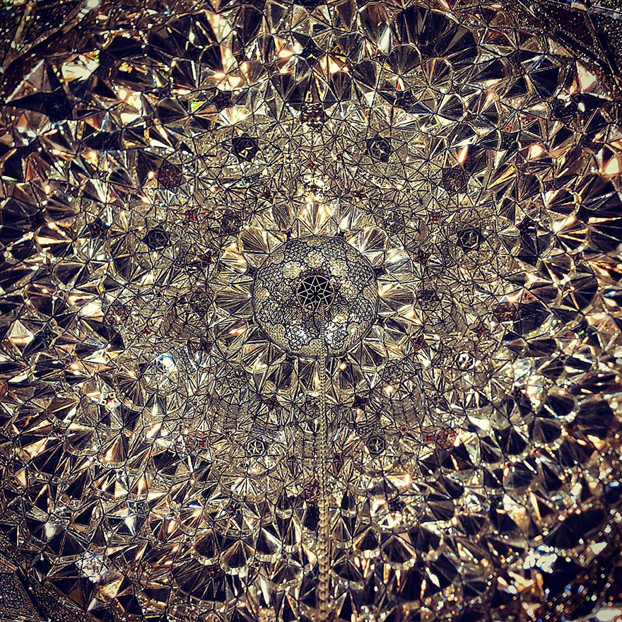 The Hypnotizing Beauty Of Iranian Mosque Ceilings 8 The Hypnotizing Beauty Of Iranian Mosque Ceilings