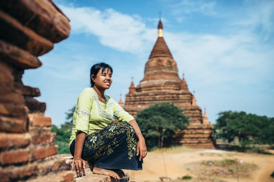 Wonderful Portraits of People in Myanmar by Laurent Ponce 03 Wonderful Portraits of People in Myanmar