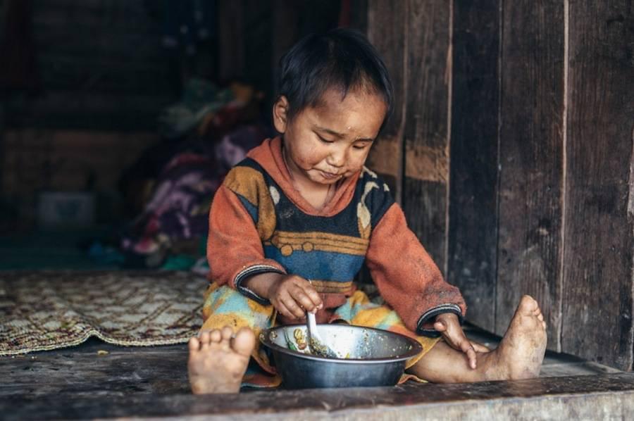 Wonderful Portraits of People in Myanmar by Laurent Ponce Wonderful Portraits of People in Myanmar
