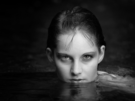 Fantastic Black and White Portrait Photography 33 30 Fantastic Black and White Portrait Ideas