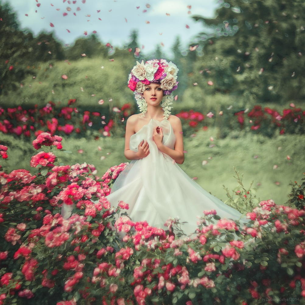 Fascinating Female Portraits Photography by Galiya Zhelnova Glamorous Female Portraits Photography by Galiya Zhelnova