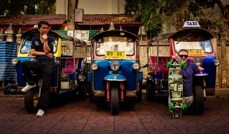 Khoa San Road Bangkok Photographers Capturing Inspiring Journey of a Man Without Arms and Legs
