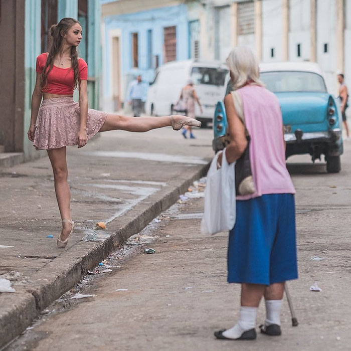 Ballet Dancers Cuba Omar Robles 77 Omar Robles Captures Ballet Dancers Practicing On The Streets Of Cuba