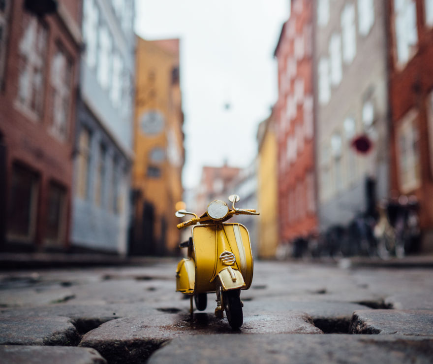 Miniature Photography Ideas by Kim Leuenberger 99 Creative and Beautiful Photography ideas With Little Cars
