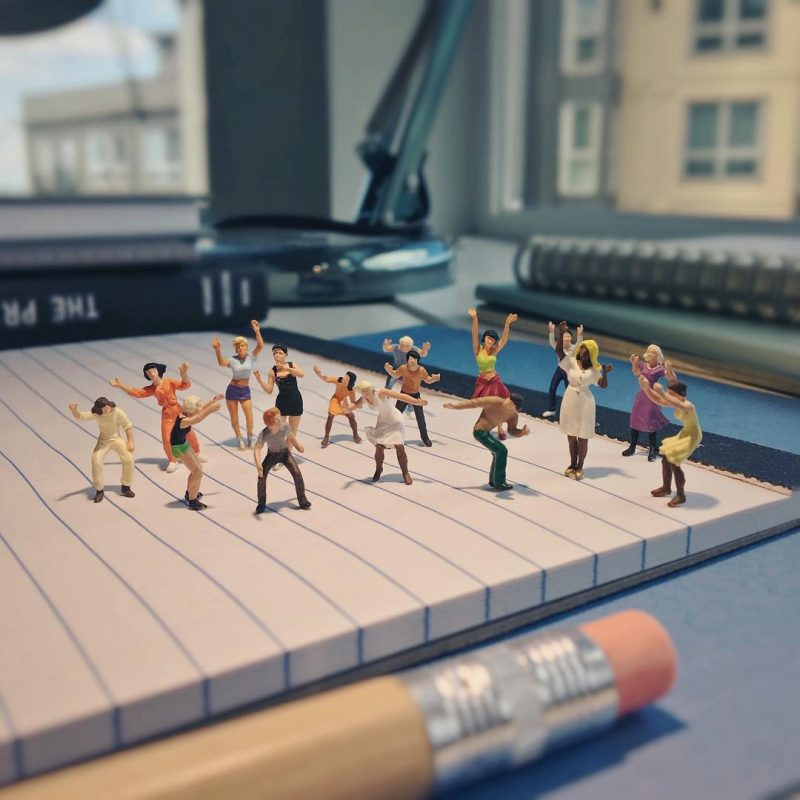 Derrick Lin Turn His Office Life With Miniature Figures 11 Derrick Lin Turn His Office Life With Miniature Figures