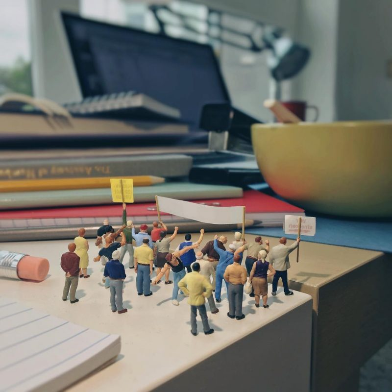 Derrick Lin Turn His Office Life With Miniature Figures 22 Derrick Lin Turn His Office Life With Miniature Figures