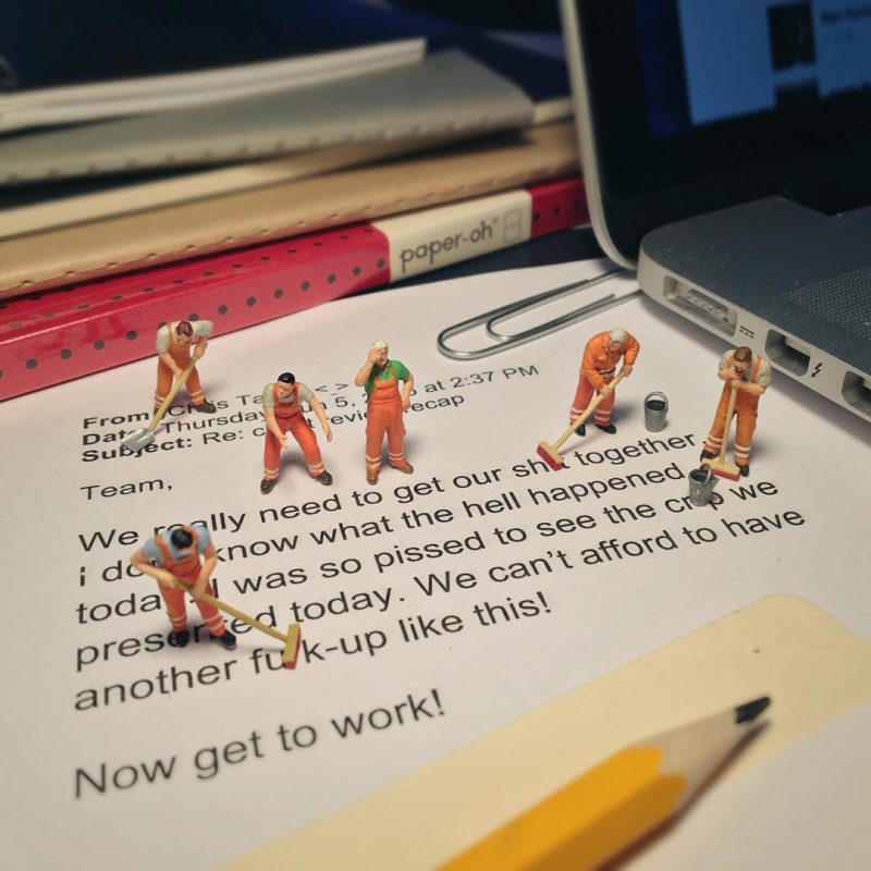 Derrick Lin Turn His Office Life With Miniature Figures 44
