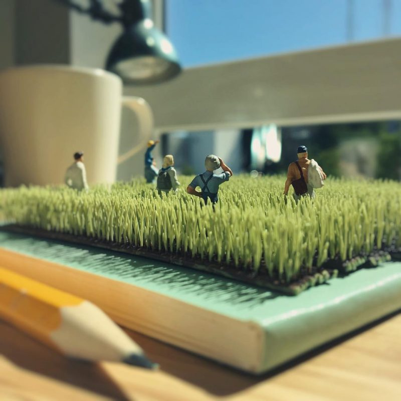 Derrick Lin Turn His Office Life With Miniature Figures 55